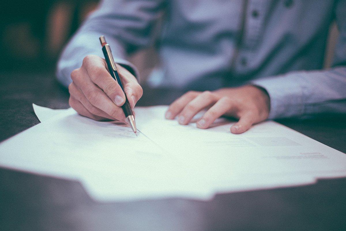 redactar un contrato